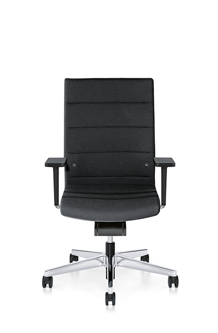 3C02 - Swivel armchair, high,