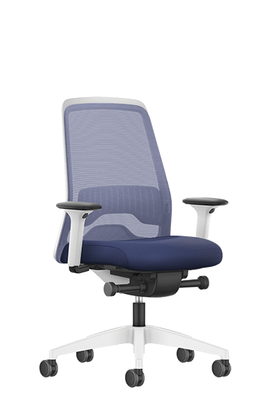 NEW EVERYis1 swivel chair with a blue mesh backrest, blue seat cover, integrated white edge protection, synchronous mechanism and FLEXTECH INSIDE | by Interstuhl
