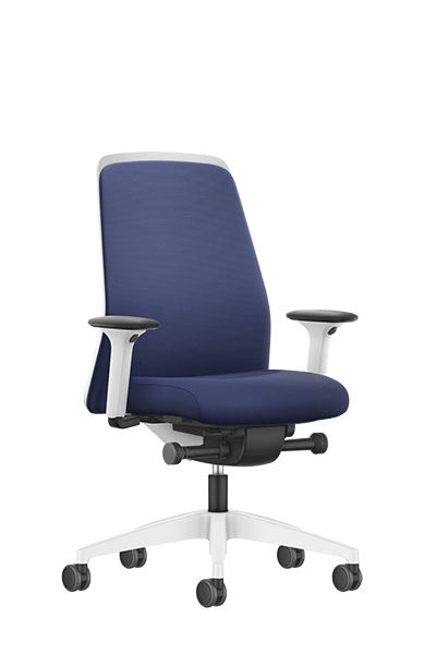 NEW EVERYis1 swivel chair with a blue medium Chillback backrest, blue seat cover, integrated white edge protection and synchronous mechanism | by Interstuhl