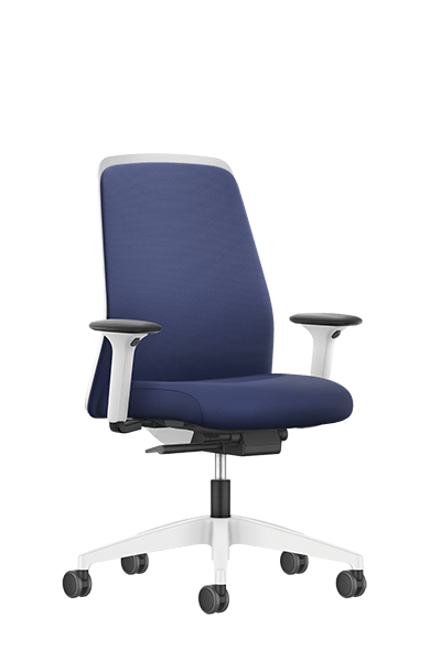 NEW EVERYis1 swivel chair with a blue medium Chillback backrest, blue seat cover, integrated white edge protection and Autolift mechanism | by Interstuhl